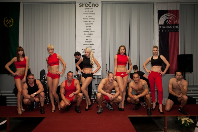 An extraordinary event took place in the Coal mining museum of Slovenia on  29th November 2012. Velenje Coal Mine organized a fashion show to present  the new ... 440bd0398